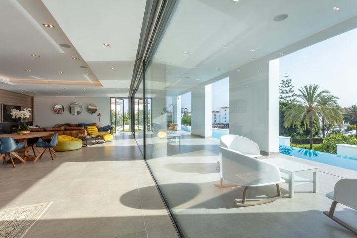 ventajas del vidrio en construcción reformas